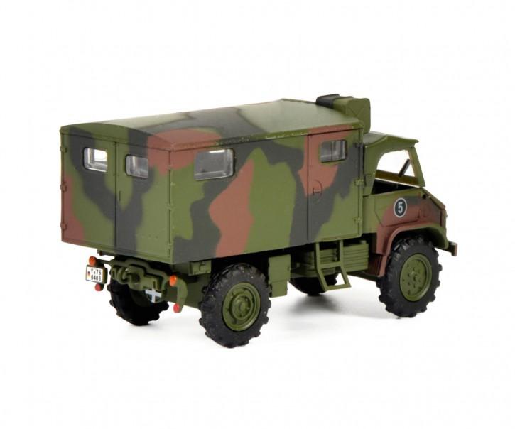 Unimog U404S Bundeswehr mit Fenstern