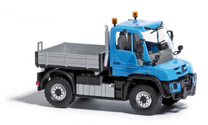 Unimog U430 mit Pritsche blau