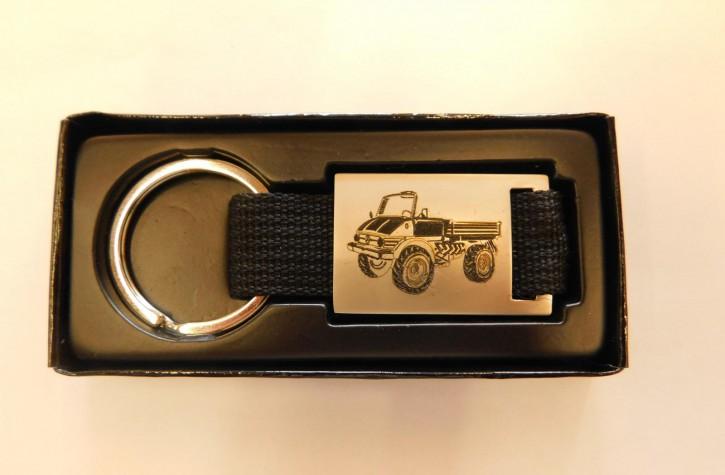 Schlüsselanhänger Unimog U406 mit schwarzem Band