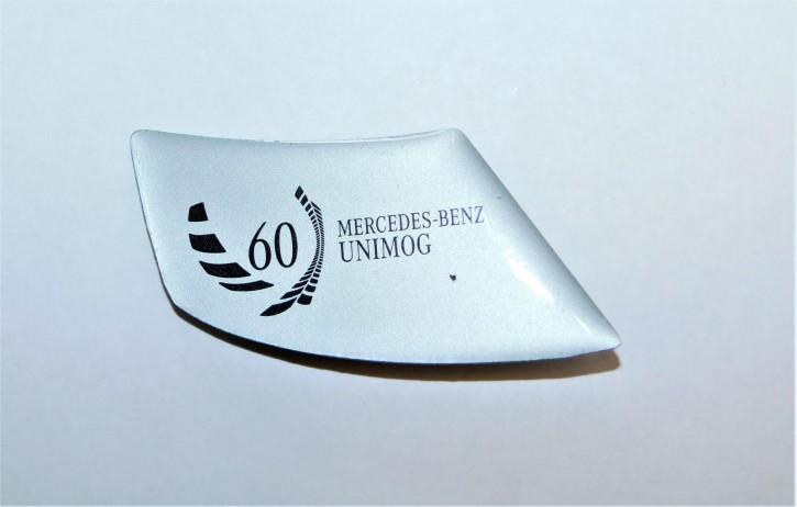 Pin 60 Jahre Unimog